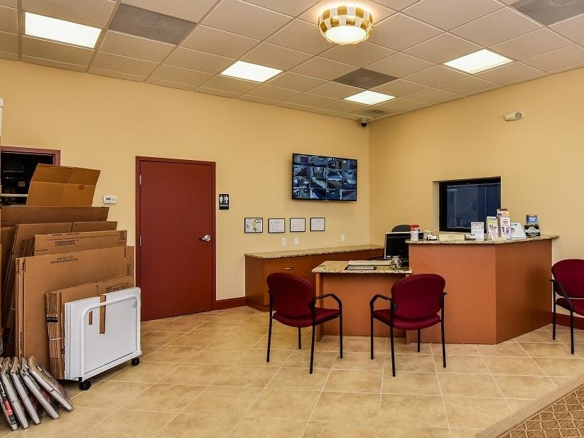 Self Storage Facility Office in Ruskin, FL