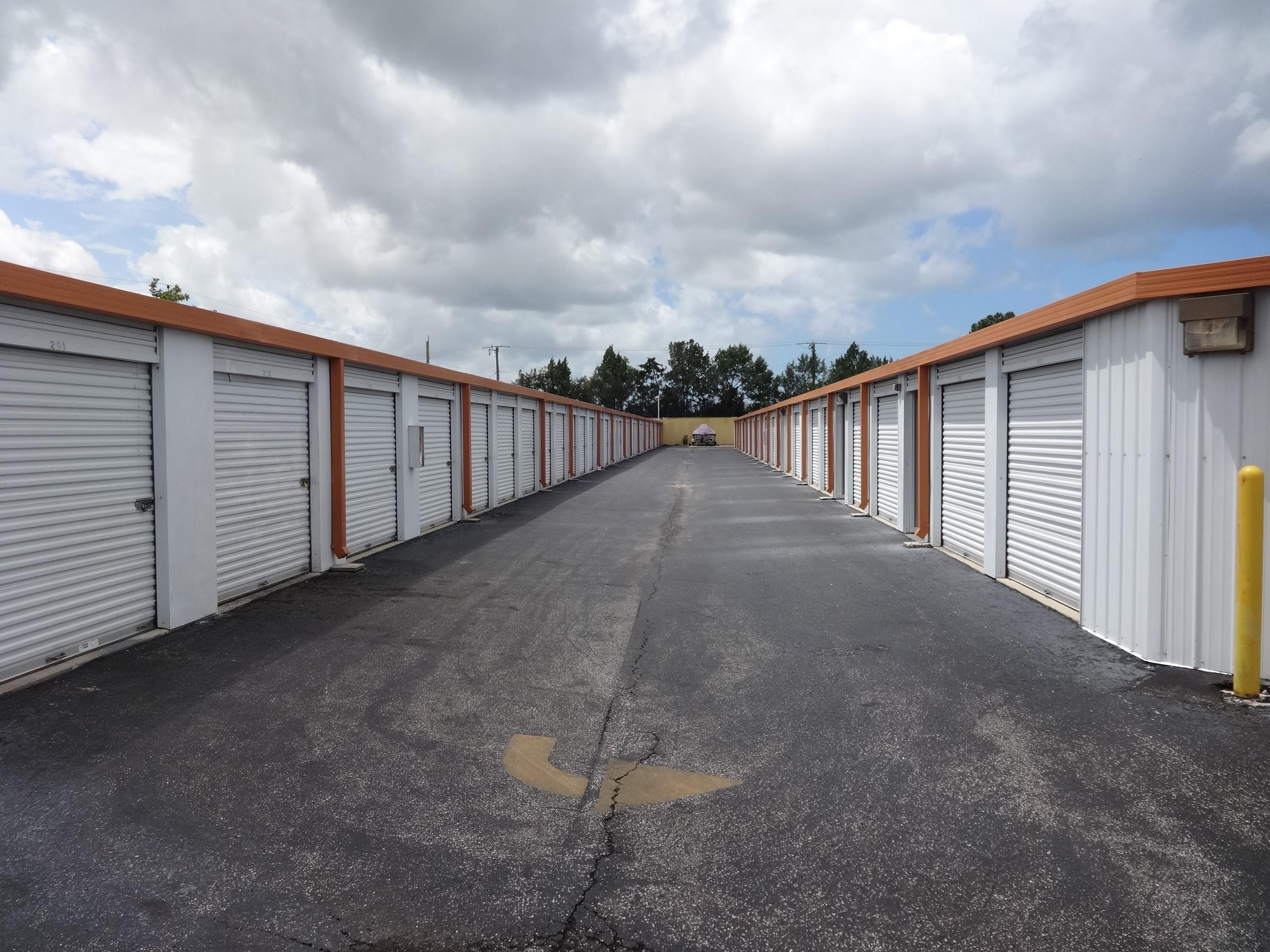 Drive-Up Storage Units in Venice, FL