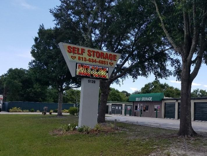 self storage facility in Wimauma, Fl