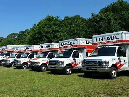 U-Haul truck rental in Wimauma, Fl