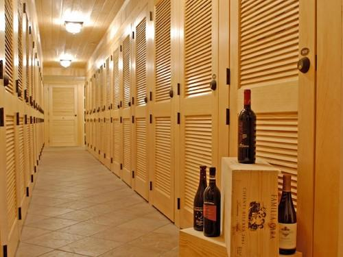 wine storage in Sarasota, Fl